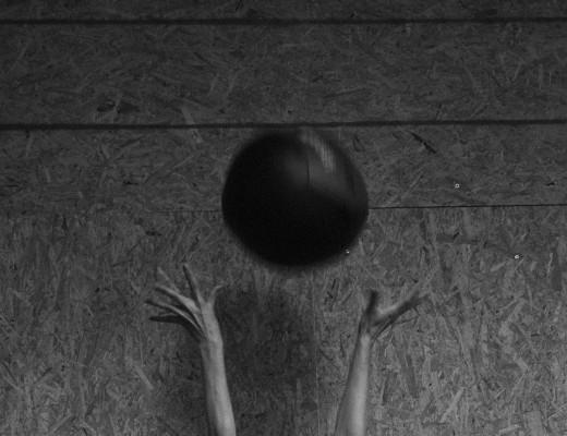 Ball über die Linie